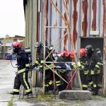 estrazione ferito dall'hangar